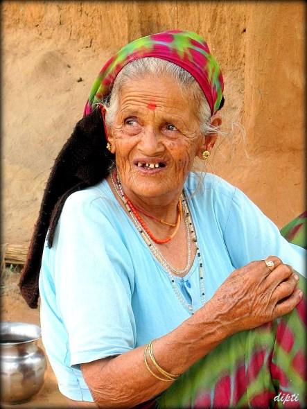 Corbett Uttarkhand old lady
