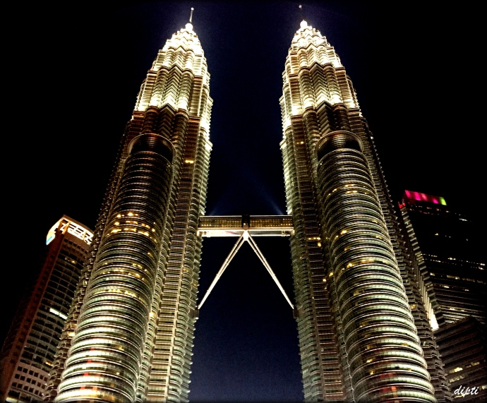 Twin towers travel